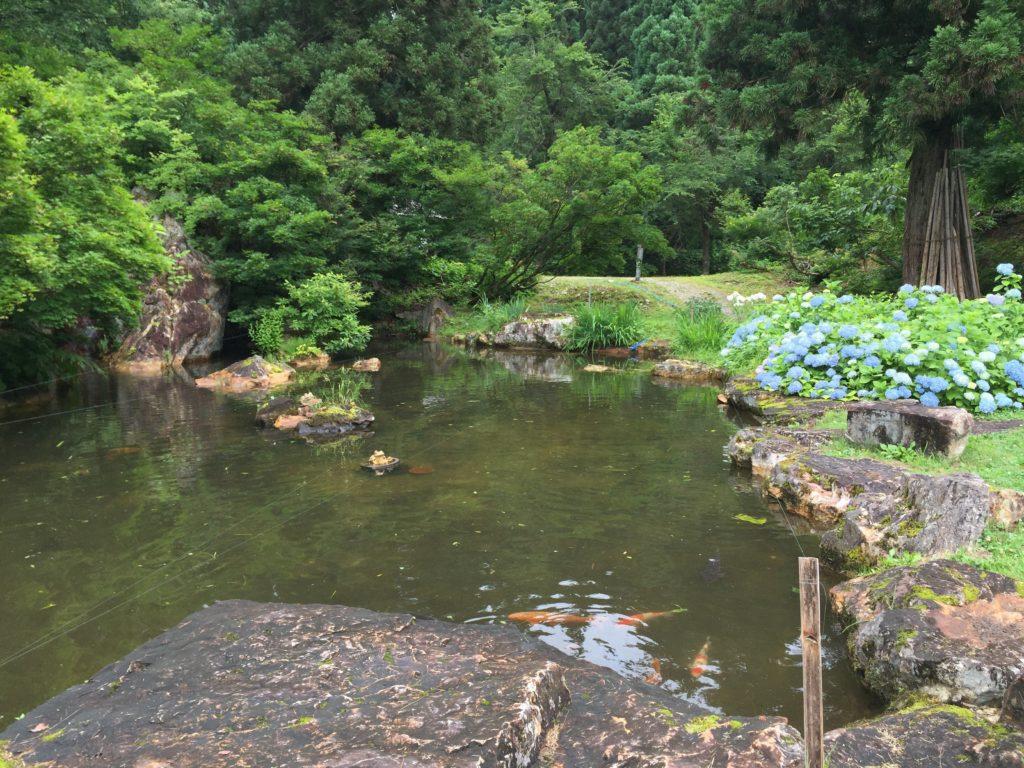 銀山温泉 銀山遊歩道 散策 長者池