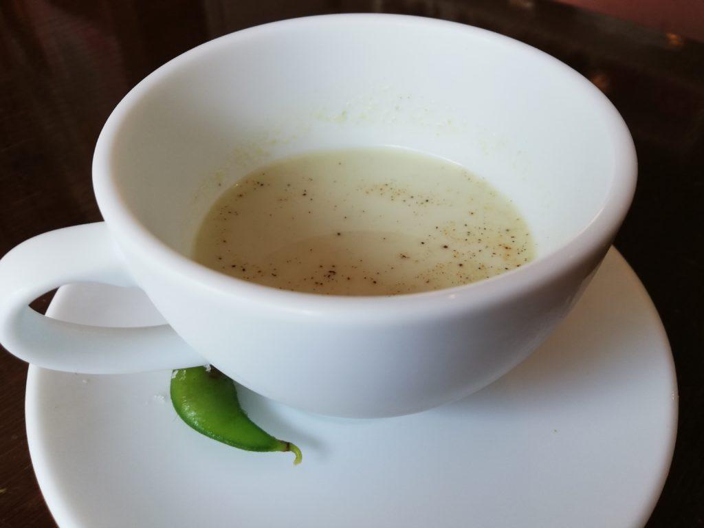 緑のイスキア セットドリンク だだちゃ豆のスープ